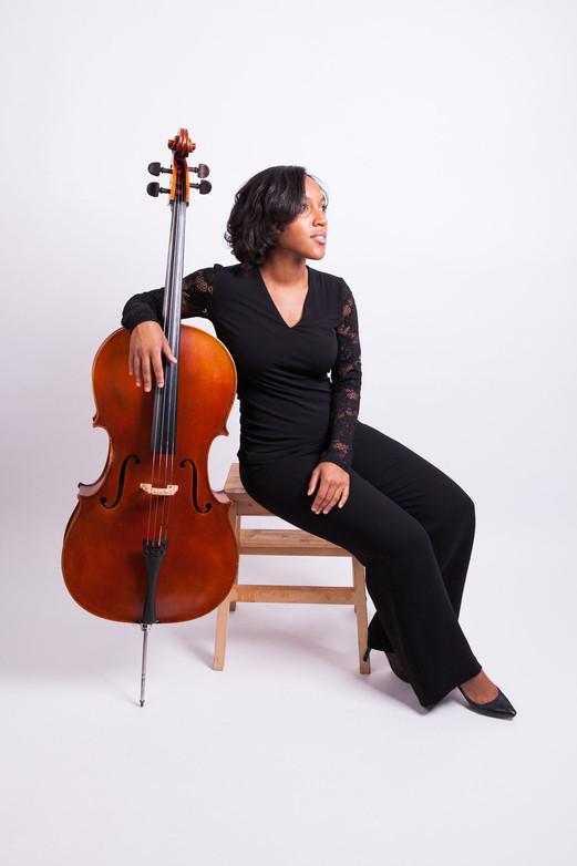 Kelsee Vandervall - Cellist