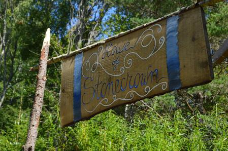 Stonecrown sign.jpg