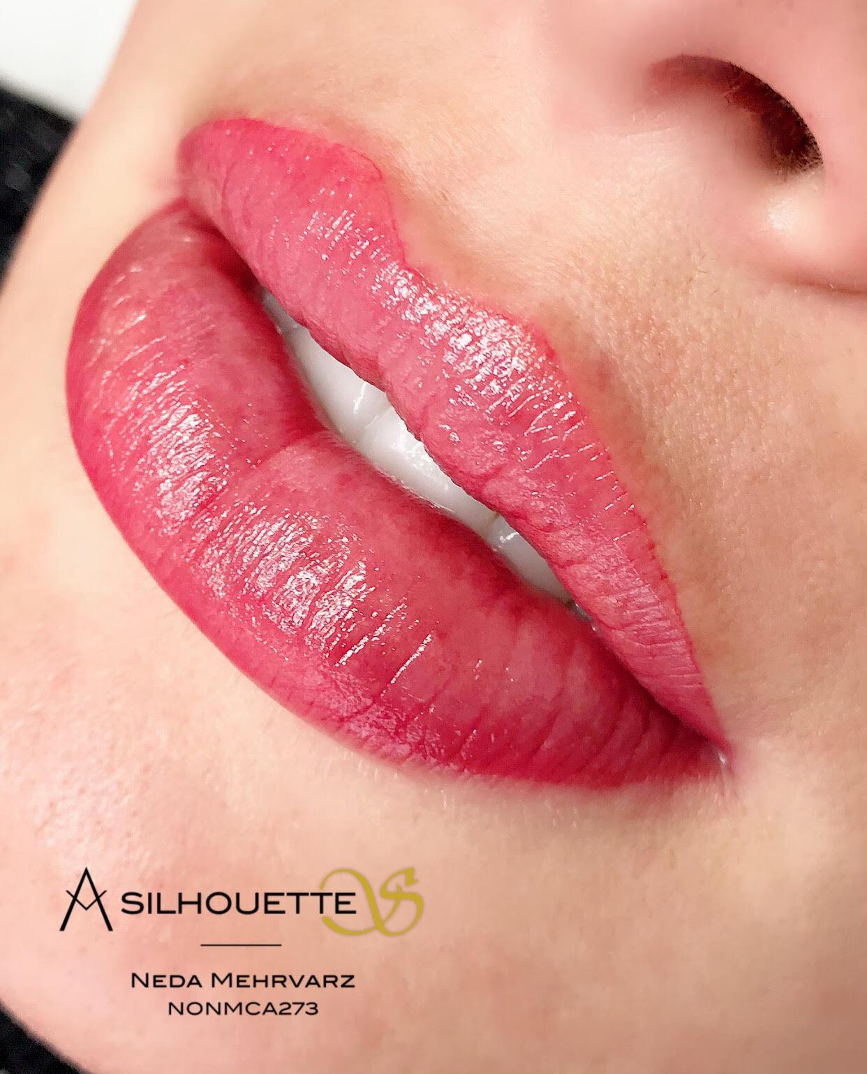 Lip Tattoo Aquarelle Academy S