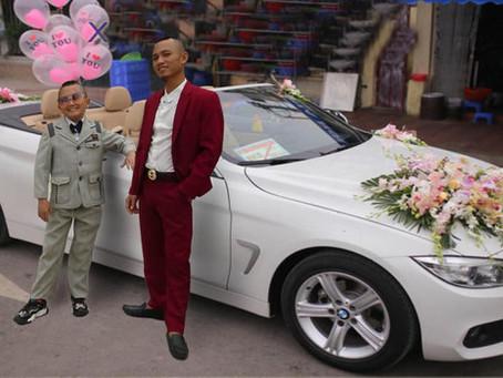 Anh em Tam Mao bất ngờ làɱ clip hỏi ᴠợ ᴠới siêµ xe, lại ɱột đáɱ ςưới khủng trong ŋăɱ 2020 ư?