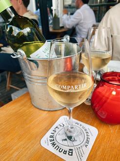 Compartir, wijnbar & restaurant