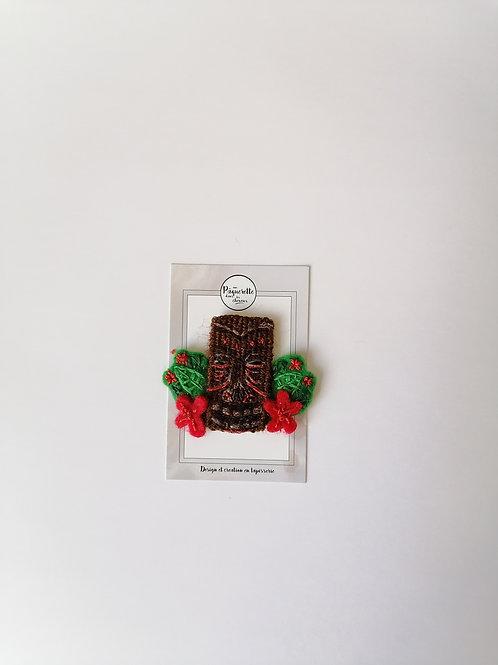 Broche Tiki fleurs rouges