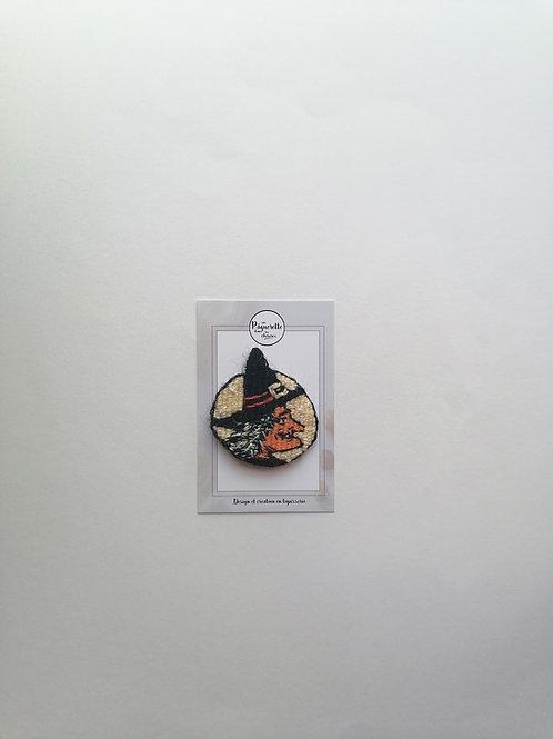 Broche sorcière phosphorescente