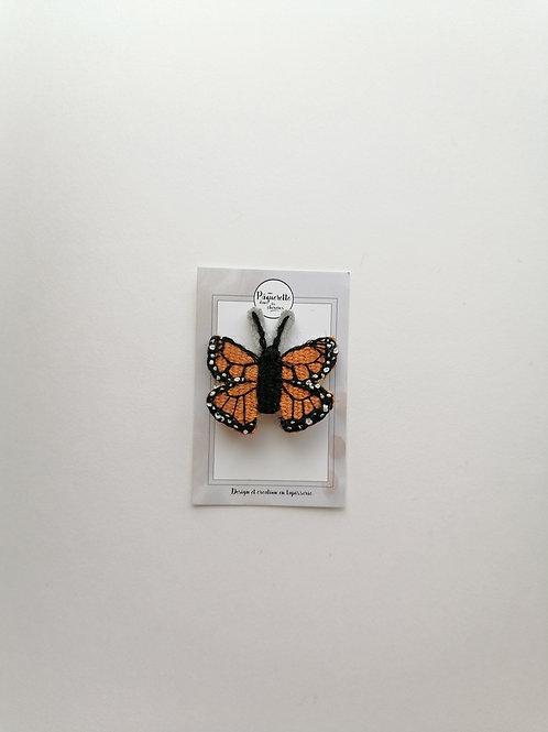Broche papillon orange