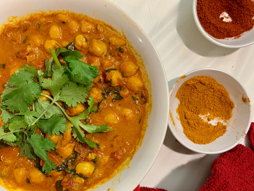 Spinach Coconut Chickpea Curry