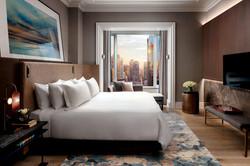 ST REGIS: SUITE BEDROOM