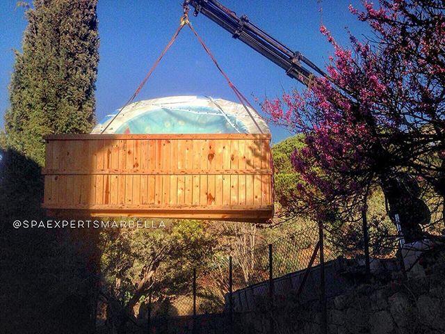 Como metemos un spa de encastre para su instalación en casa de_