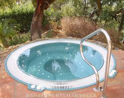 Instalación de un spa rebosader