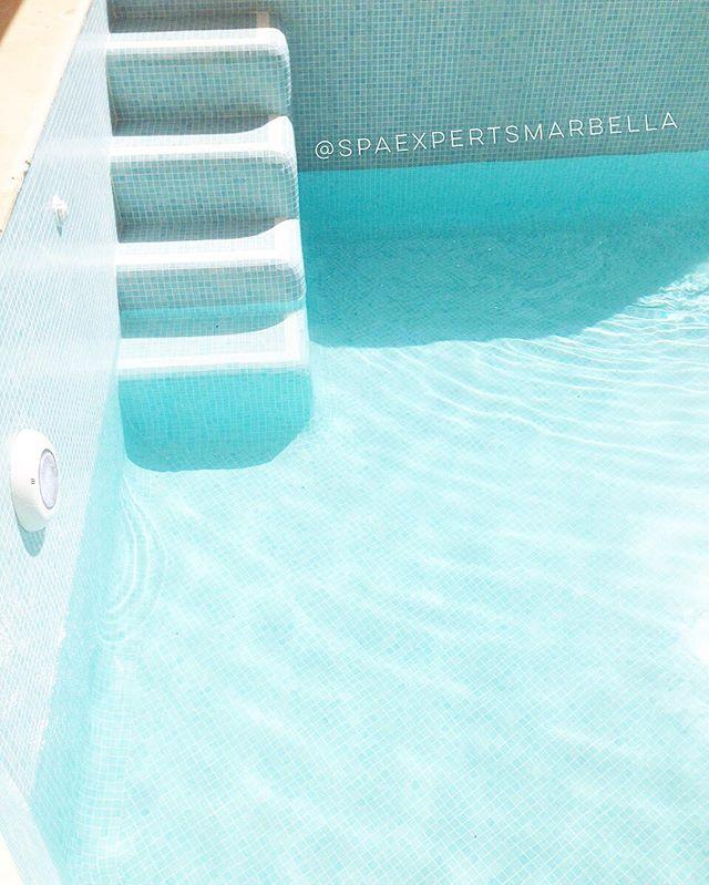 La piscina de nuestros clientes casi lista para el fin de semana