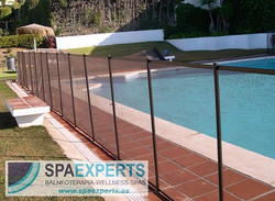 Details_ Child proof safety removable swimming pool protective fence installation for our customers