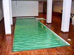 Construcción de piscina de skimmer interio