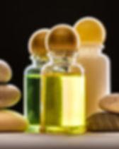 mixing-essential-oils-WEB.jpg