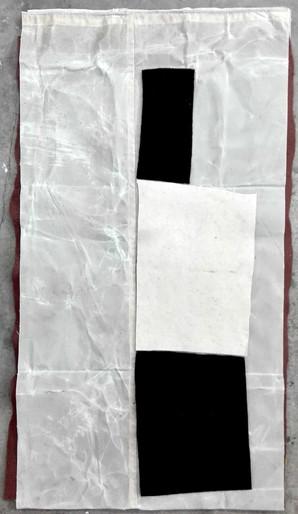 Alberto Casari Sem título, 2015  Feltro de lã e lona  100 x 60 cm