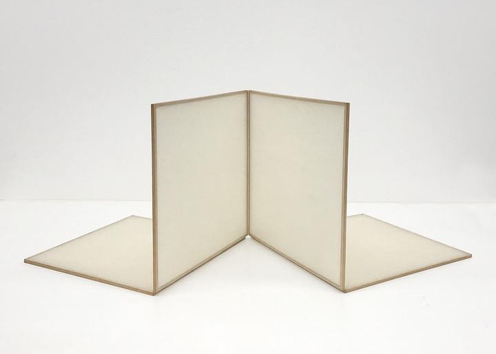 Marcello Nitsche FRAGILE N.1, 1980 Papel arroz japonês e estrutura de madeira 30 X 30 x 3 cm
