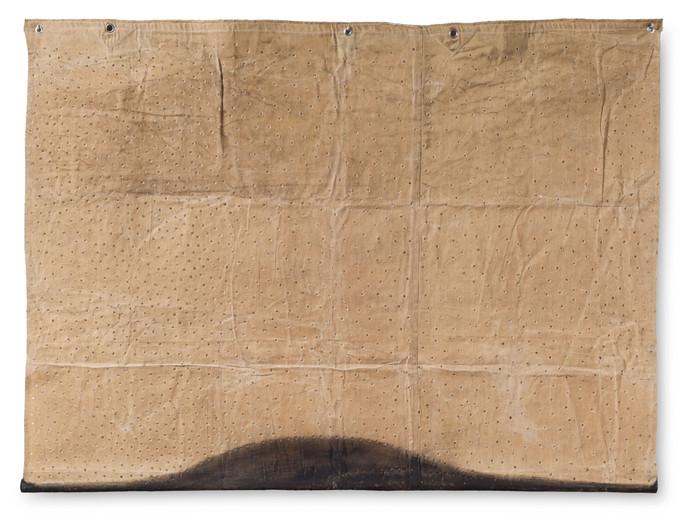 Alberto Casari EM-SB-13-3, 2013 Tinta e madeira sobre tela perfurada e encerada  140 x 189 cm