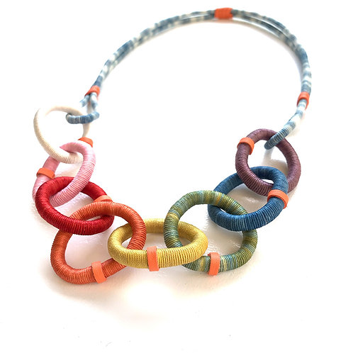 Funny Chain: Rainbow