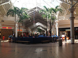 Midland_Mall_court.jpg