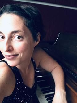 Sarah Bob - Piano