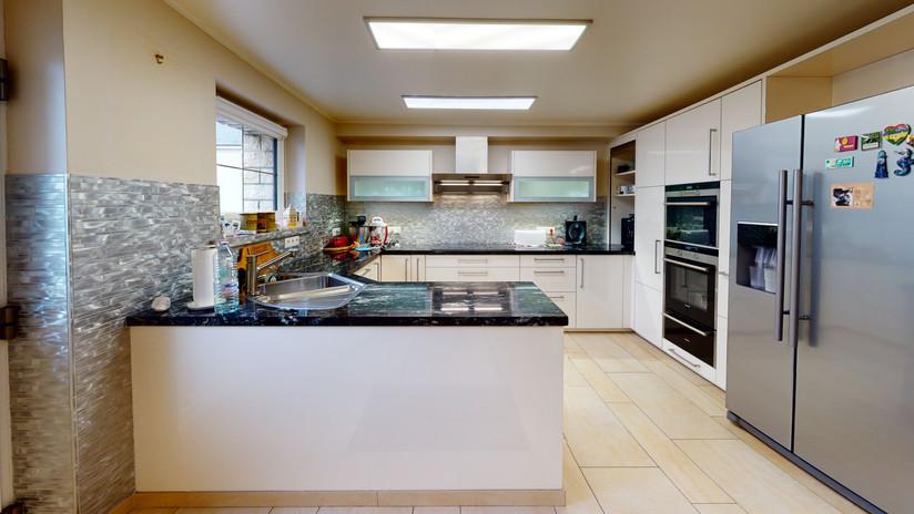 Maison-a-vendre-Kitchen.jpg
