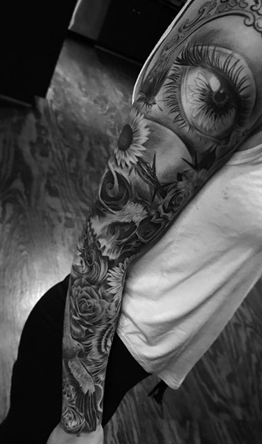 girl sleeve tattoo