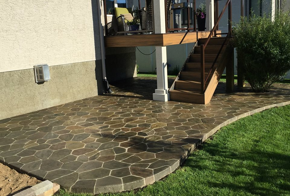 Field stone stamped patio