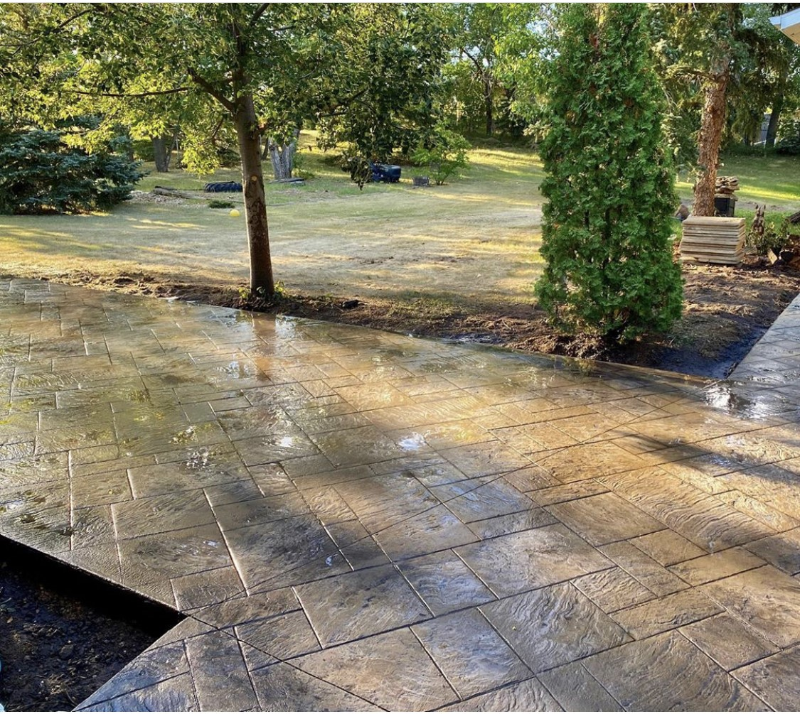 Ashlar Slate Stamped Concrete patio
