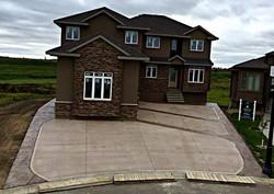 2500 sq foot custom driveway