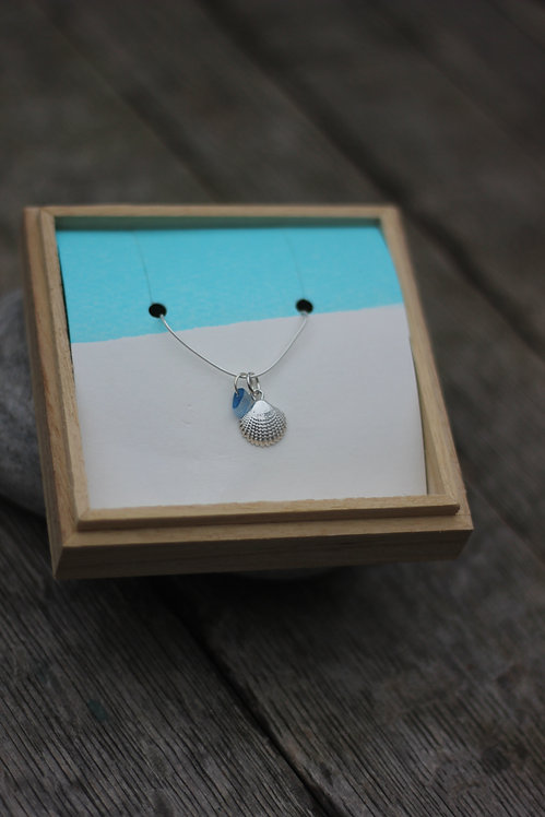 SEA SHELL & MINI BLUE SEAGLASS NECKLACE