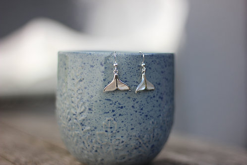 WHALE TAIL SHELL EARRINGS