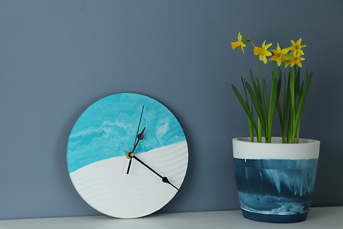 TURQUOISE WAVE CLOCK