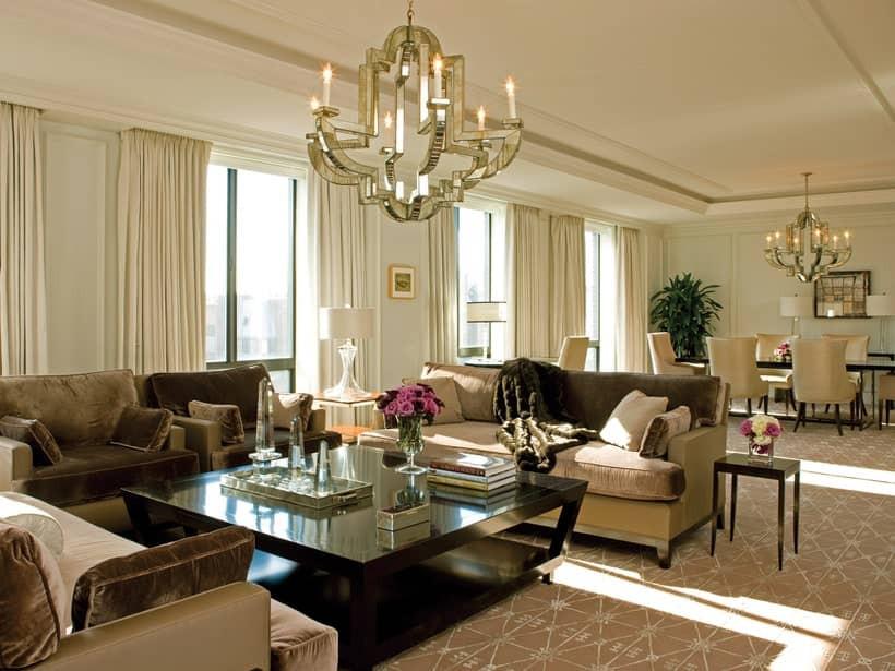 Four Seasons Hotel Luxury Suite