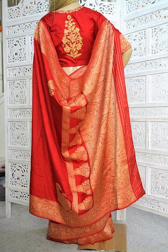 Banarasi gold zari with designer Embroidery blouse