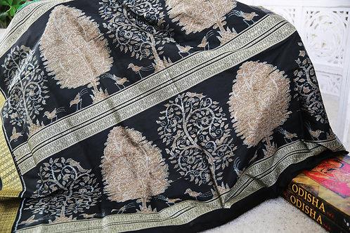 Traditional design bandha with Black border and anchal