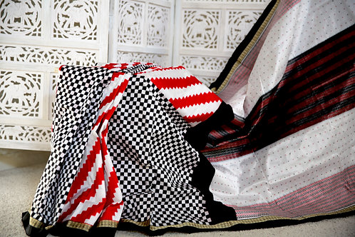 Traditional Black Red and white Exclusive Pasaapaali