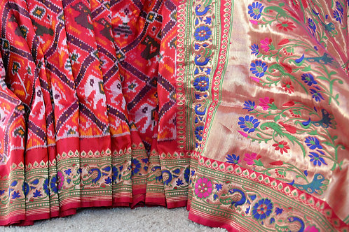 weaver's creation Pink and Red dual color Patola silk