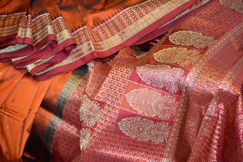 Copper rust and Maroon Bomkai silk with tisuue  Border and Bandha anchal