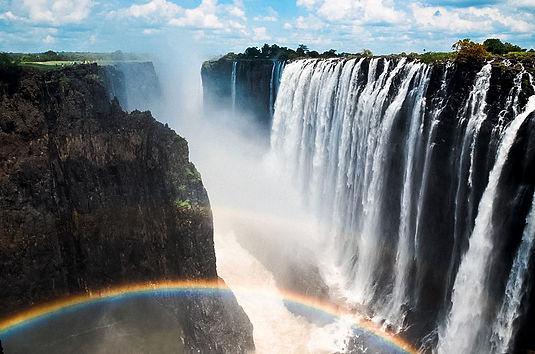 Victoria_Falls_Rainbow.jpg