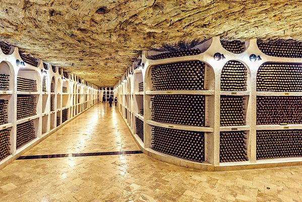 moldova-underground-wine-cellar.jpg