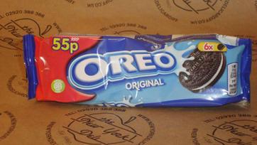 6x Oreo Original Cookies.