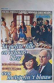 La Petite Fille en Velours Bleu 1978.jpg