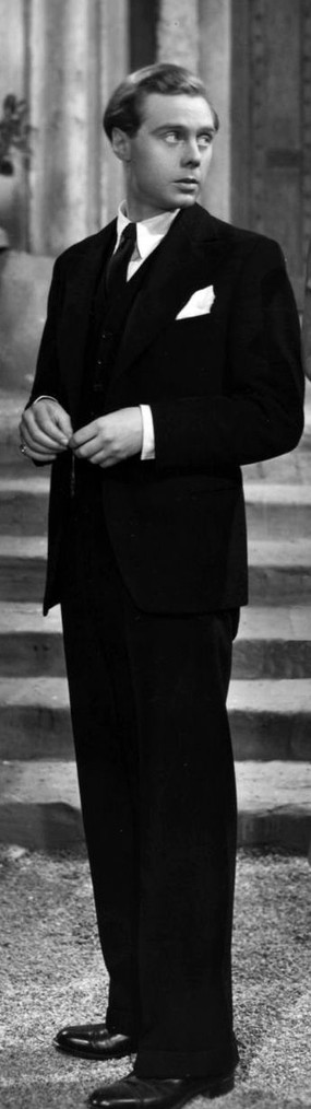 Marius Goring as Lord Lebanon in The Case of the Frightened Lady