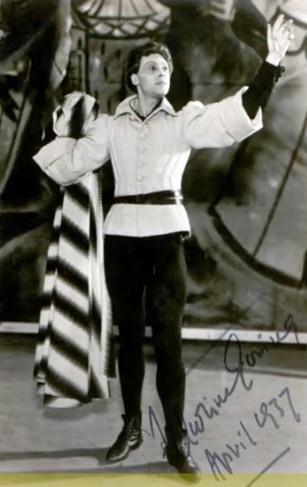 Marius Goring as The Chorus in Henry V 1937
