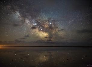 между небом и землей ВК.jpg