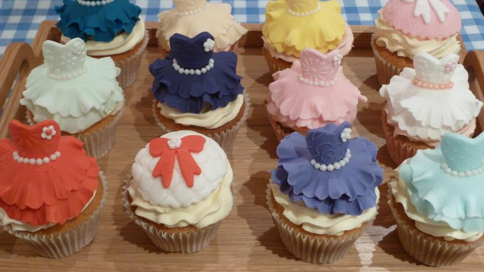 Elegant dress cupcakes