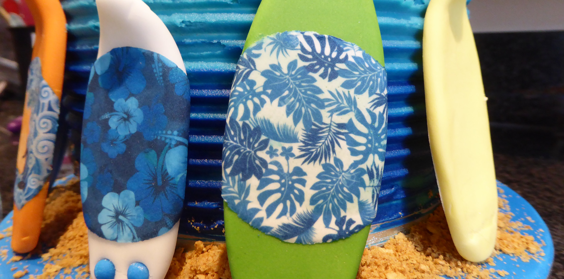 Sugarpaste surf boards with edible graphics