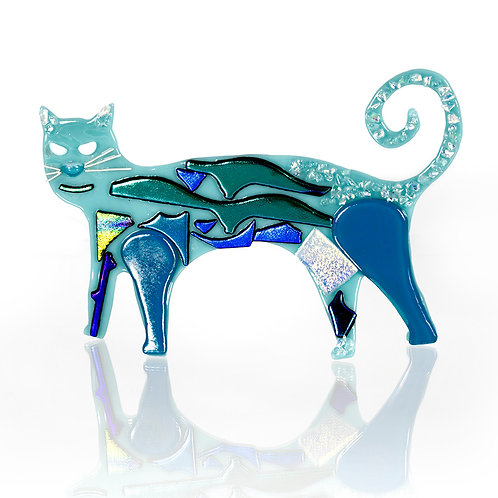 Turquoise Cat with Dichro