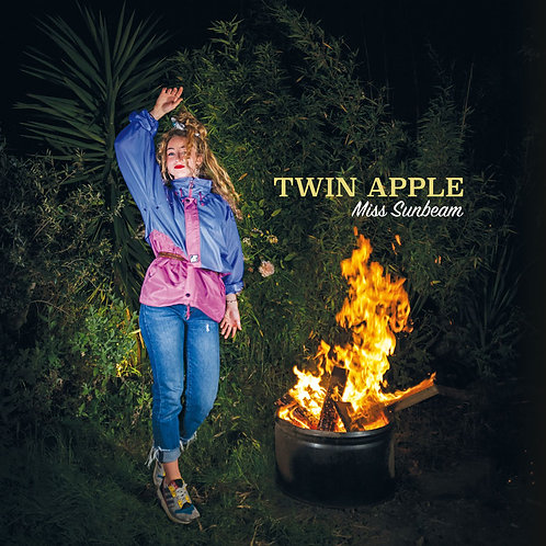 TWIN APPLE - MISS SUNBEAM