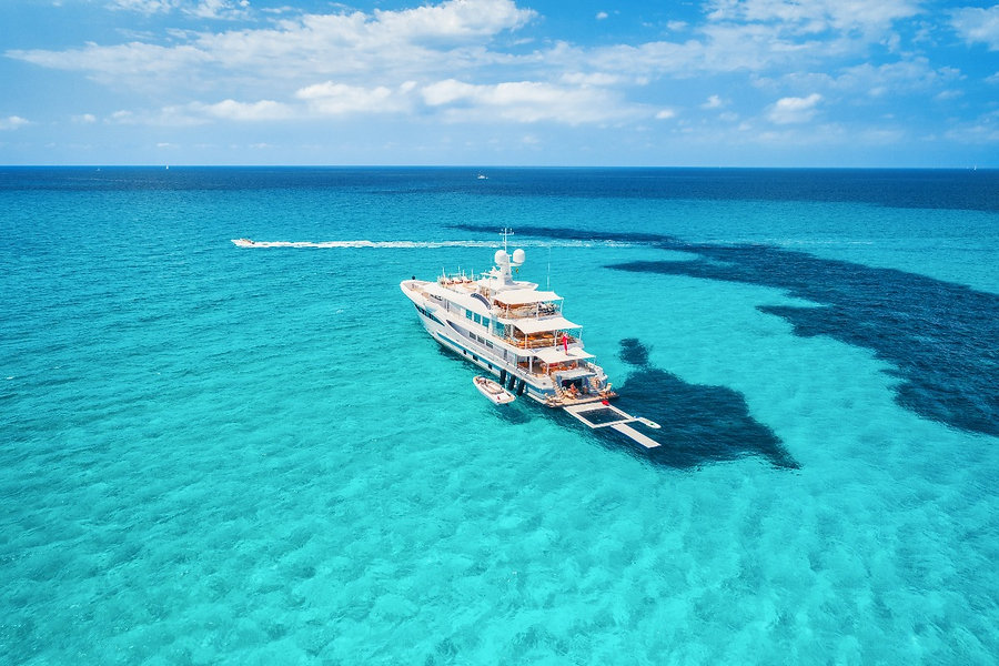 yacht-on-the-azure-seashore-in-balearic-