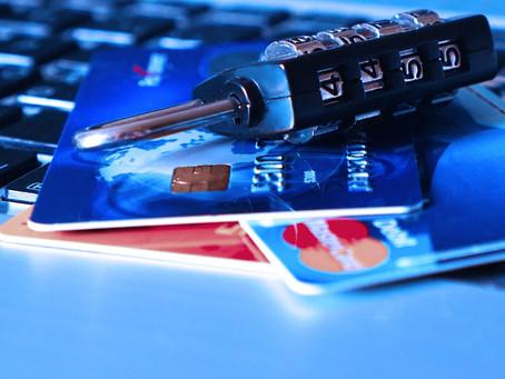 Co należy zrobić ze znalezioną kartą płatniczą? Karta zbliżeniowa i kradzież z włamaniem