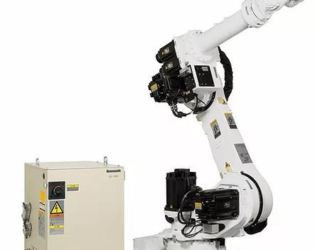 Por que implementar robôs industriais em processos de produção?